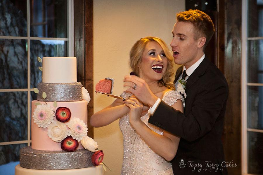Strawberry-cake-wedding