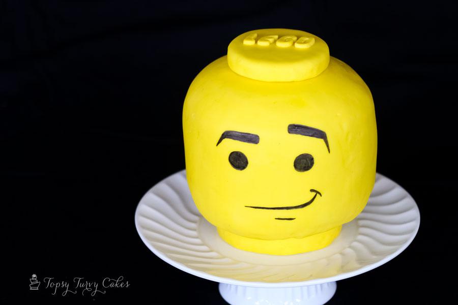 Topsy-Turvy-Cakes-lego-head
