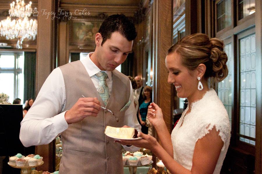 edible-gold-leaf-wedding